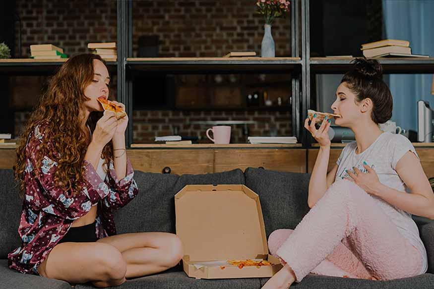 בנות באכילה רגשית